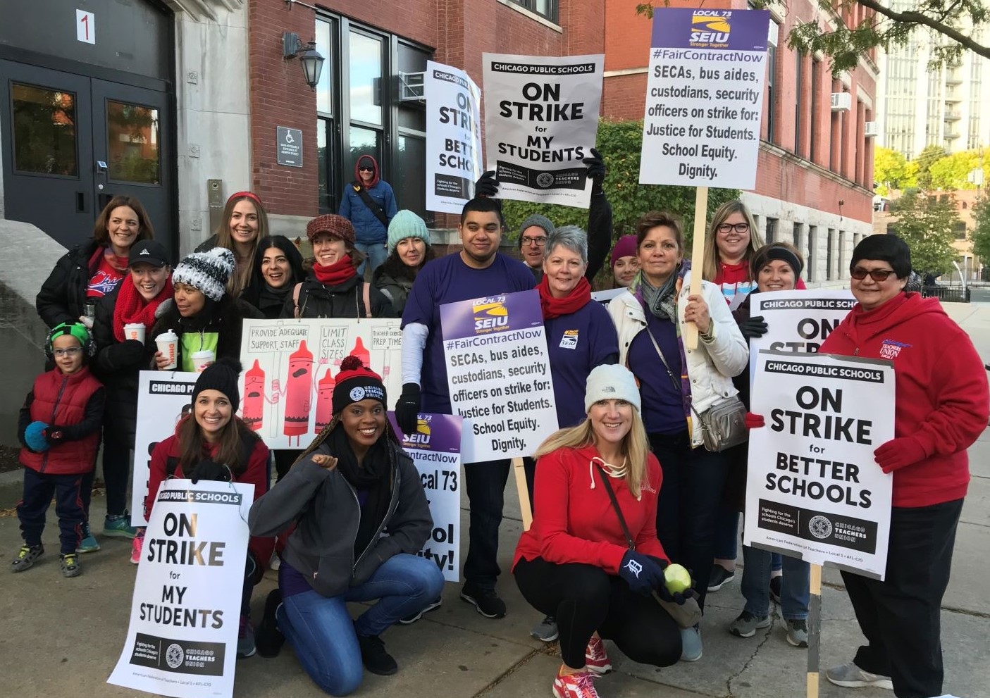 Solidarity: LA School Workers Stand with Chicago Strikers